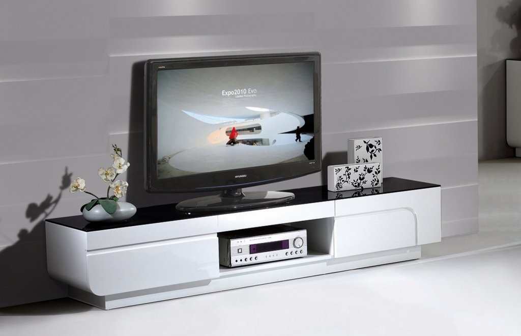Tv B 228 Nk Vit Svart Glastopp L200xd40xh38cm Glossy Vit